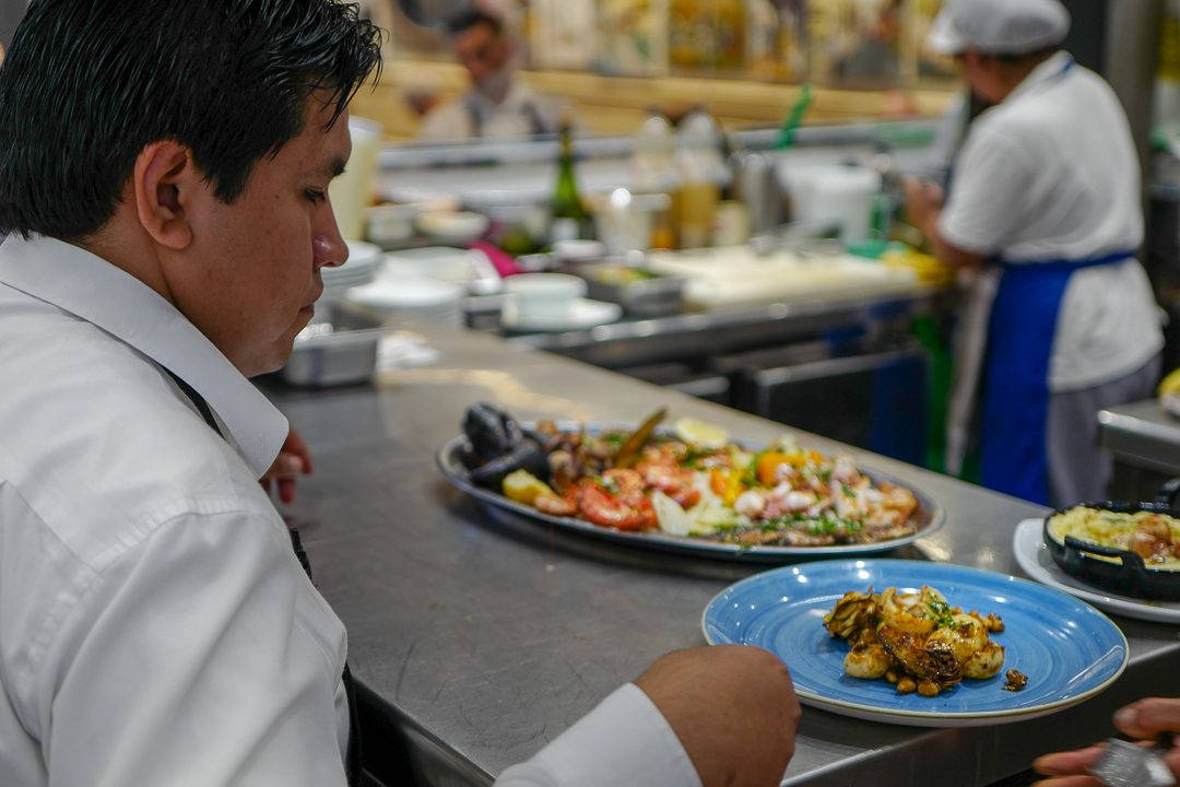 L1490325Barcelona costabrava cataluna helleskitchen 1080x720 - Fysen på fisk? Bli med til Barcelonas flotteste matmarked