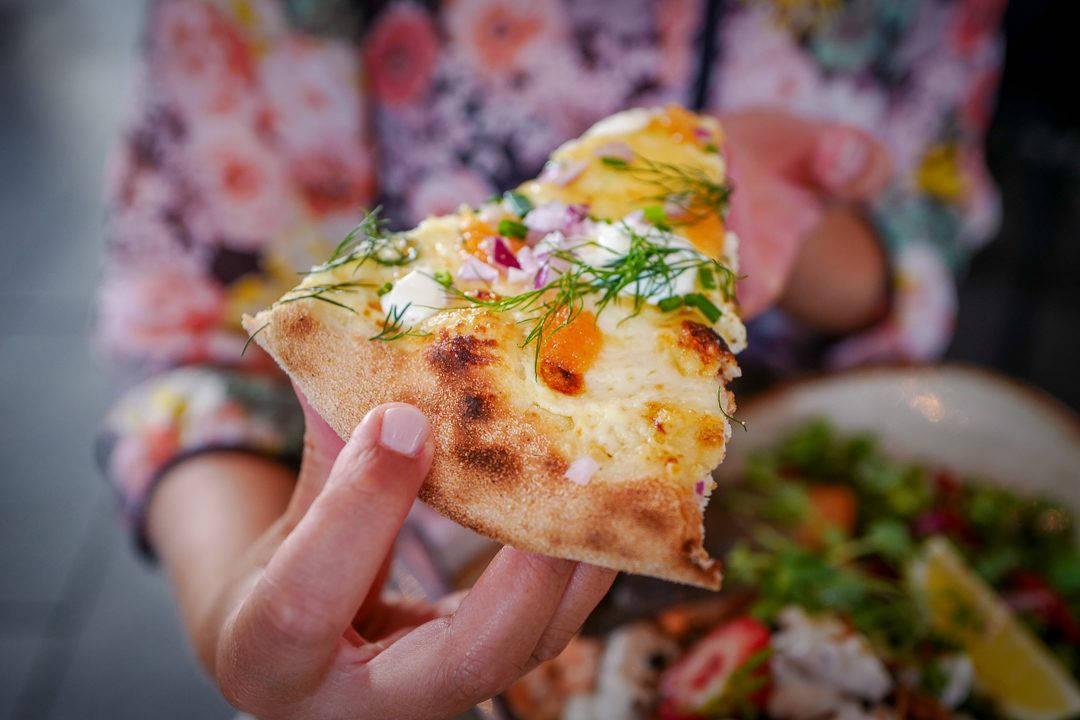 Orebro sverige helleskitchenL1490788 1080x720 - Da jeg fant verdens beste pizza i ... Örebro!