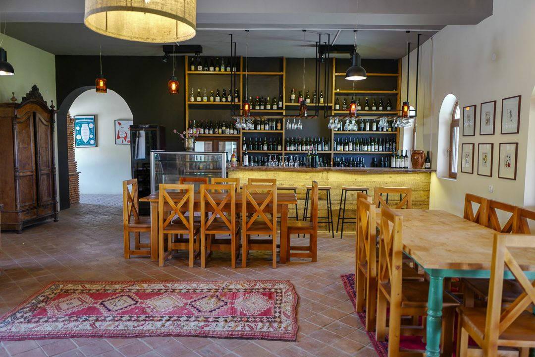 Tbilisi Georgia amberwine orangewine helleskitchenL1480452Tbilisi georgia amber wine helleskitchen 1080x720 - Georgia – landet der oransjevin har vært trendy i 8000 år