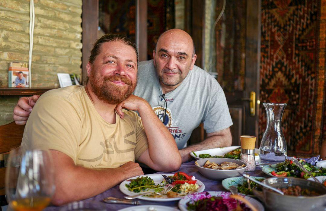 Tbilisi Georgia amberwine orangewine helleskitchenL1480510Tbilisi georgia amber wine helleskitchen 1080x700 - Georgia – landet der oransjevin har vært trendy i 8000 år