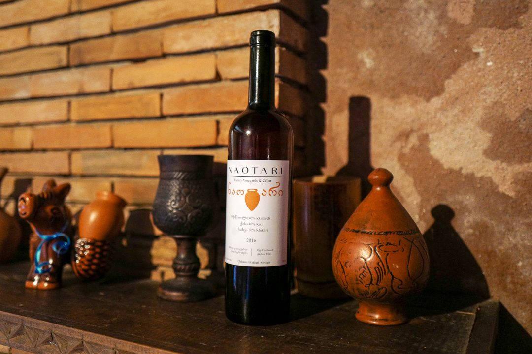 Tbilisi Georgia amberwine orangewine helleskitchenL1480527Tbilisi georgia amber wine helleskitchen 1080x720 - Georgia – landet der oransjevin har vært trendy i 8000 år