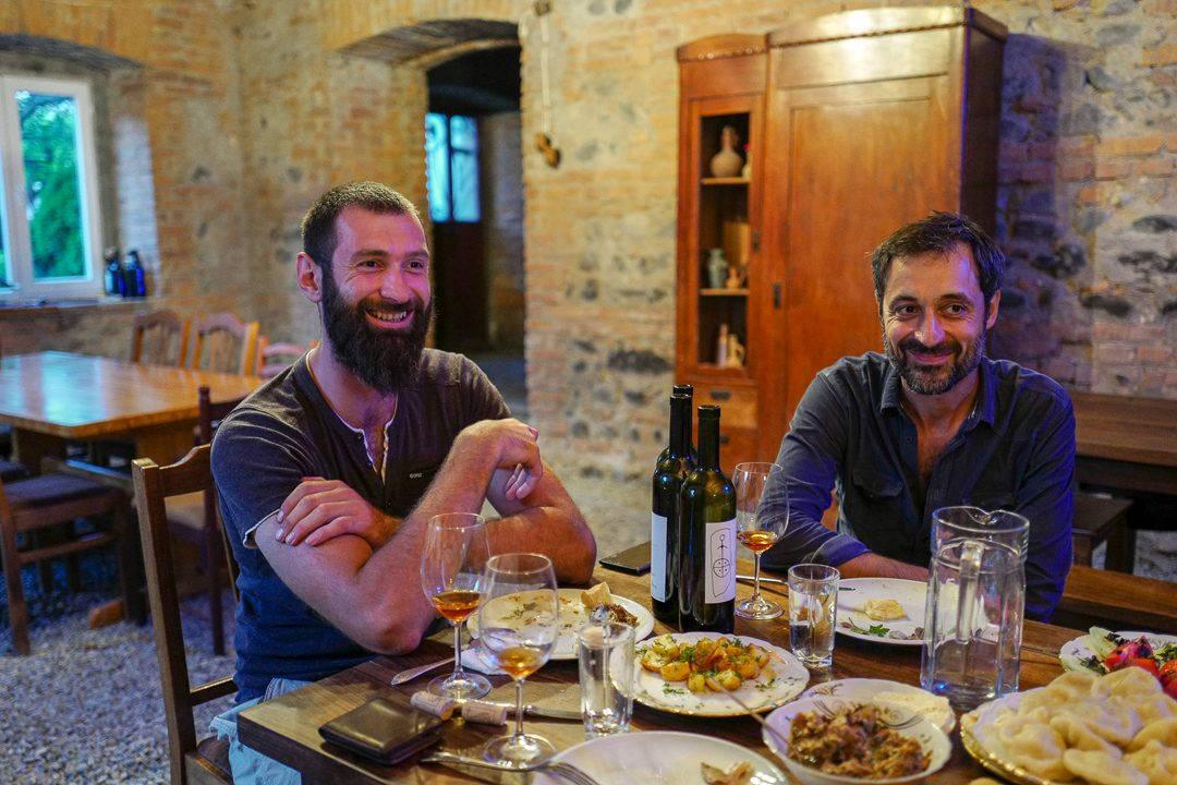Tbilisi Georgia amberwine orangewine helleskitchenL1480631Tbilisi georgia amber wine helleskitchen 1080x720 - Georgia – landet der oransjevin har vært trendy i 8000 år