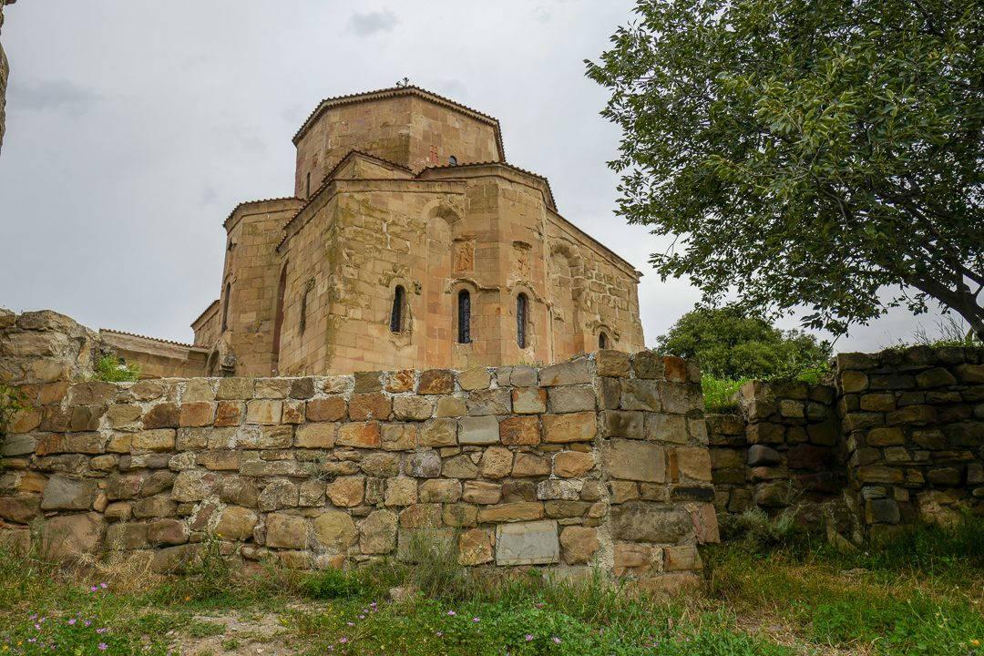 Tbilisi Georgia amberwine orangewine helleskitchenL1480641Tbilisi georgia amber wine helleskitchen 1080x720 - Georgia – landet der oransjevin har vært trendy i 8000 år