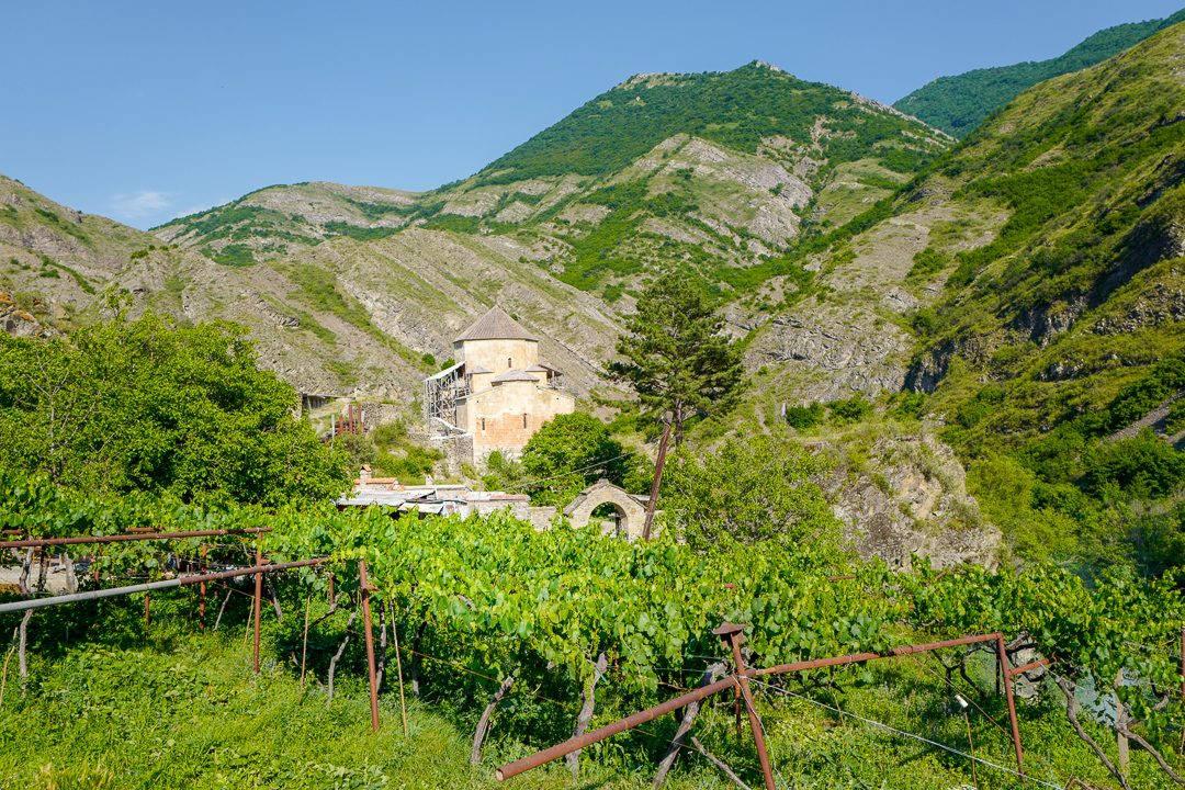 Tbilisi Georgia amberwine orangewine helleskitchenL1480756Tbilisi georgia amber wine helleskitchen 1080x720 - Georgia – landet der oransjevin har vært trendy i 8000 år