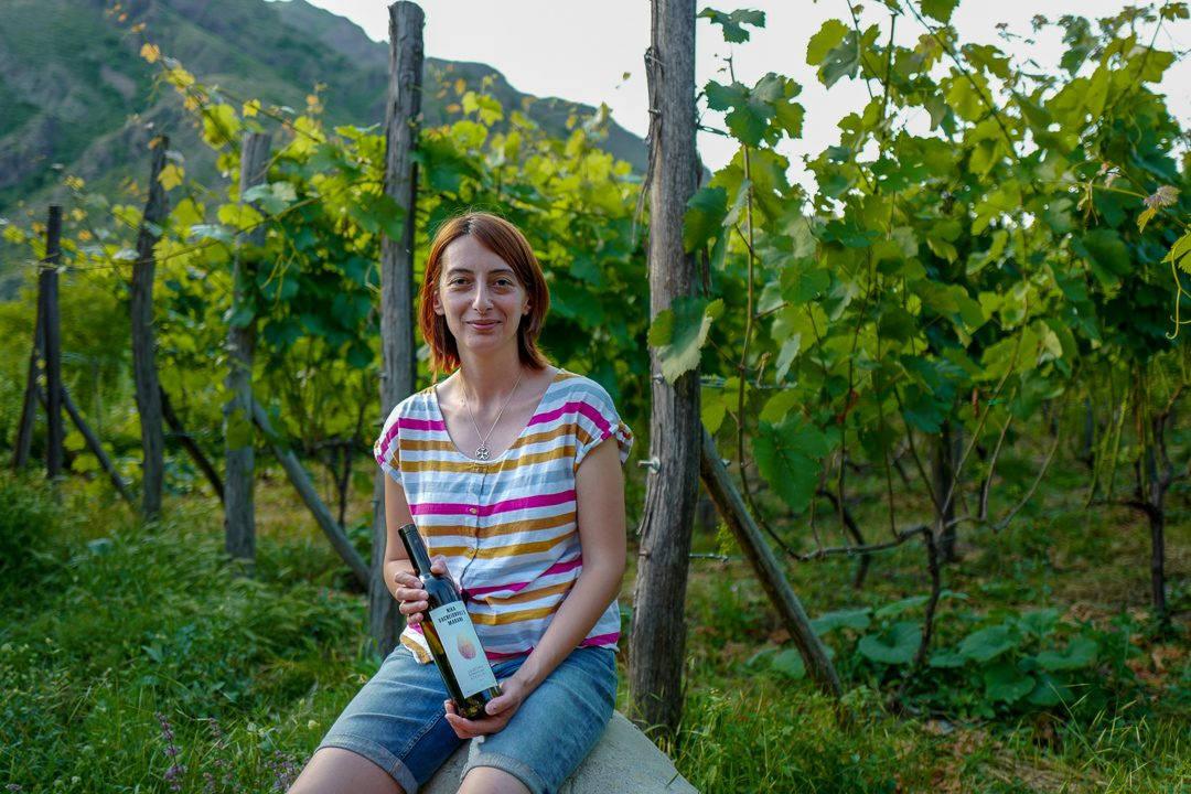 Tbilisi Georgia amberwine orangewine helleskitchenL1480785Tbilisi georgia amber wine helleskitchen 1080x720 - Georgia – landet der oransjevin har vært trendy i 8000 år