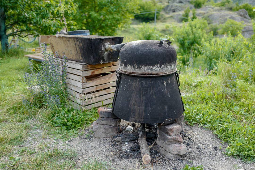 Tbilisi Georgia amberwine orangewine helleskitchenL1480789Tbilisi georgia amber wine helleskitchen 1080x720 - Georgia – landet der oransjevin har vært trendy i 8000 år