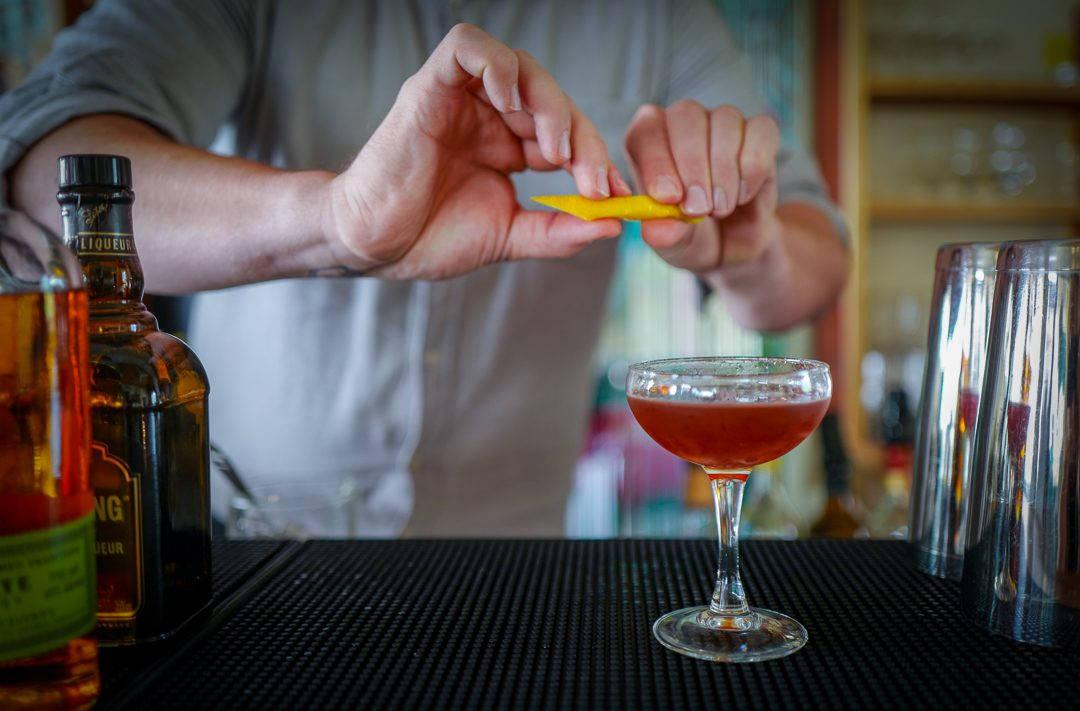 L1530302 1080x711 - Jonas kan bli verdens beste bartender med fokus på matsvinn – og geiteblod